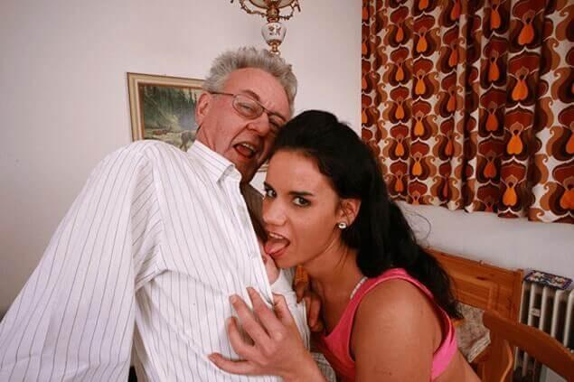 Perverser Nippelsex mit Opa und Enkelin auf verbotenem Inzest Sexbild